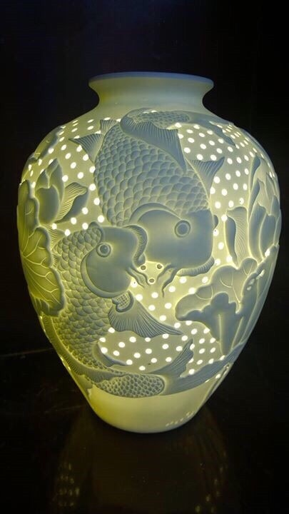 Đèn gốm cá chép hoa sen