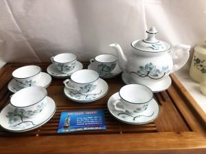 Bộ khay trà phú quý vẽ hoa sen xang chỉ xanh