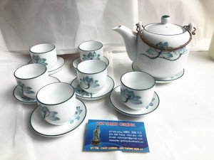 Bộ ấm trà vại vẽ hoa sen chỉ xanh