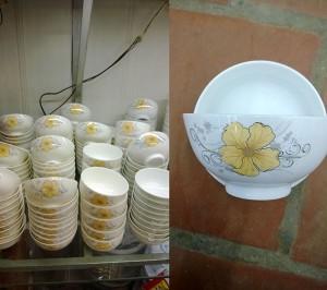 Bộ đồ ăn vẽ mai vàng