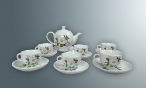 Ấm chén bát tràng hoa trà