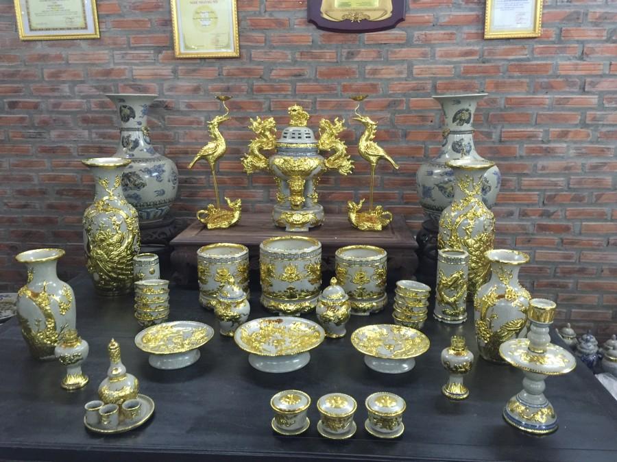 Bộ đồ thờ đắp nổi cao cấp dát vàng